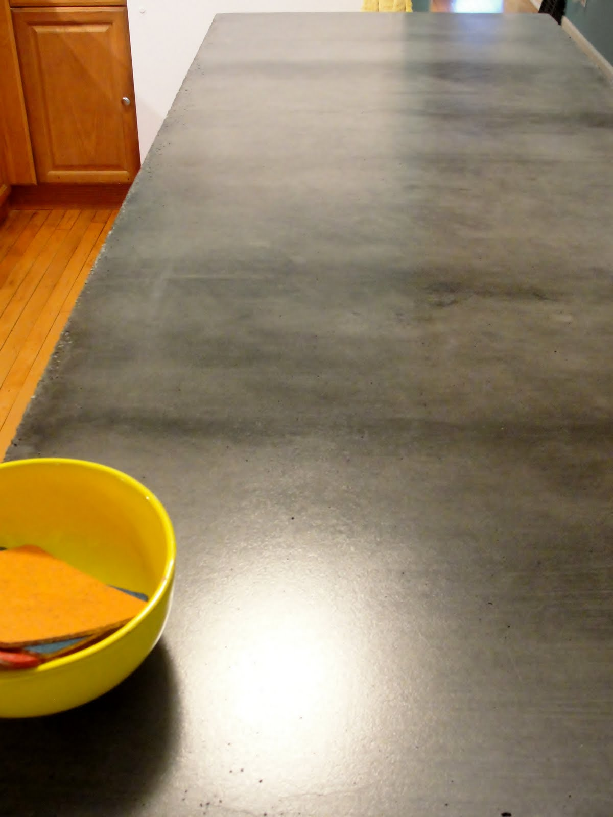 how to make a kitchen countertop with concrete
