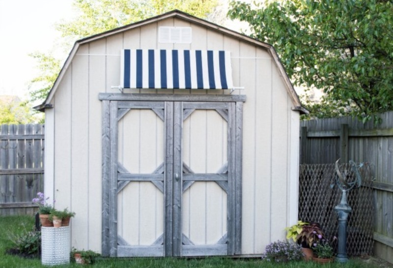 Easy-Outdoor-Shed-Awning-1-18.jpg
