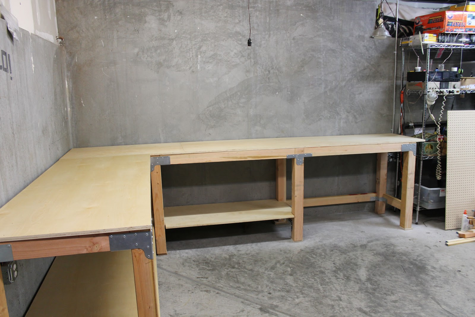 DIY Custom Garage WorkBench | RenoCompare