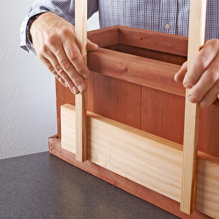 Trellis-Planter-Box-102008236-04