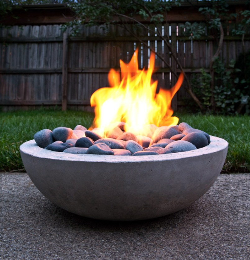 diy-fire-pit-feature-1_large