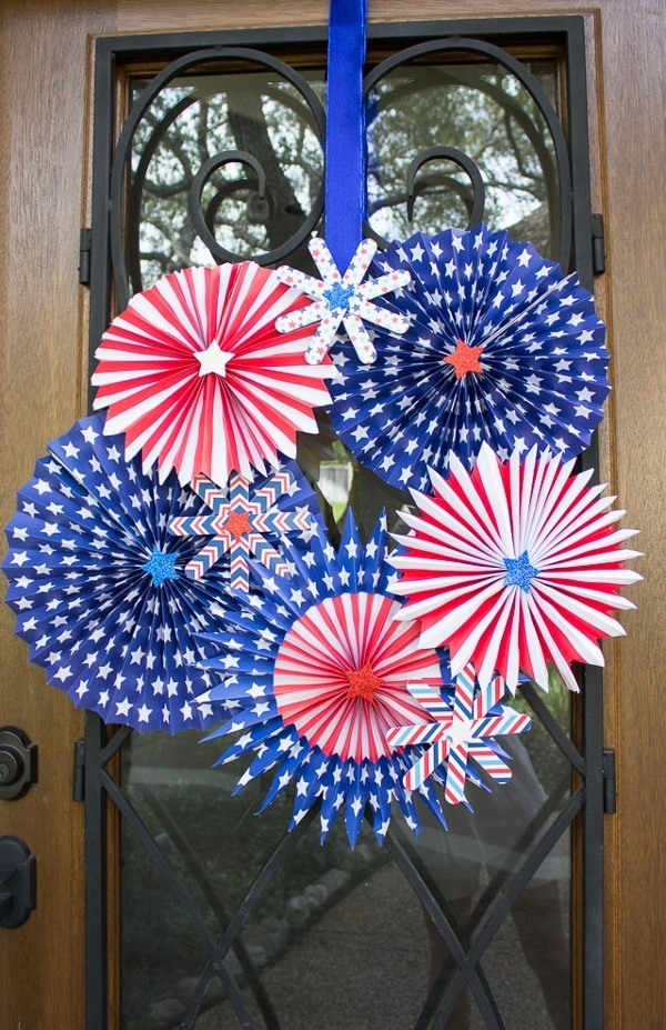 pinwheel door wreath