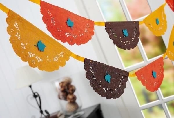 thanksgiving doily banner