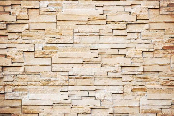 Stone veneer siding pros cons costs top brands for Brick stone siding