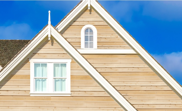 Cedar siding pros cons options maintenance and reviews for Cedar shake siding pros and cons
