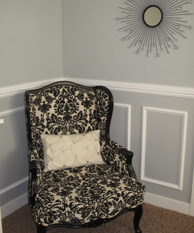 Chair Rail Up High Part - 22: Penny, An Admitted Traditionalist, Went With A Chair Rail Height That  Extended 40u201d Up The Master Bedroom Wall (matched To An Antique Wingback  Chair That Is ...